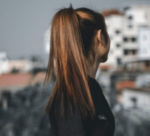 Pros And Cons of Wearing Ponytail Hair2