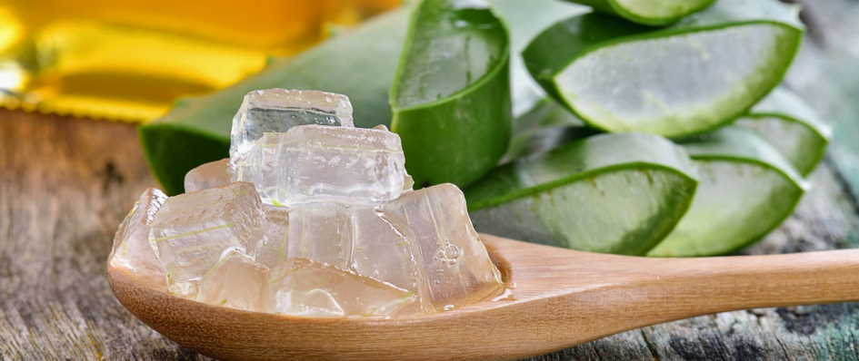 How to do Aloe Vera facial at home to get clear skin?
